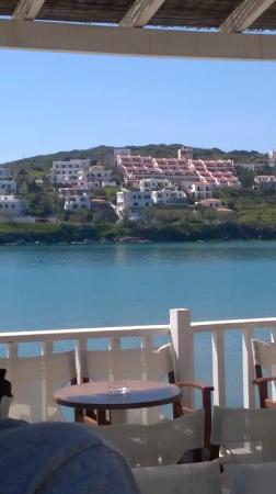Mare Vista Hotel - Epaminondas: View from the hotel from the other side of the gulf od Batsi