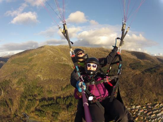 Tandem Paragliding Bergen