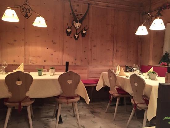 Gasthaus & Hotel Berninahaus: Einer der beiden Speisesäle des Restaurants