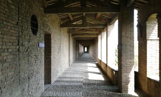 Rocca Sforzesca di Imola - camminamento di ronda