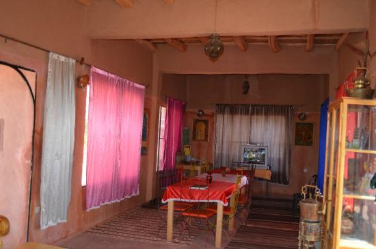 Dar Tougha: salle a manger