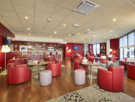 lounge bar photo de campanile lyon centre gare part dieu lyon tripadvisor. Black Bedroom Furniture Sets. Home Design Ideas