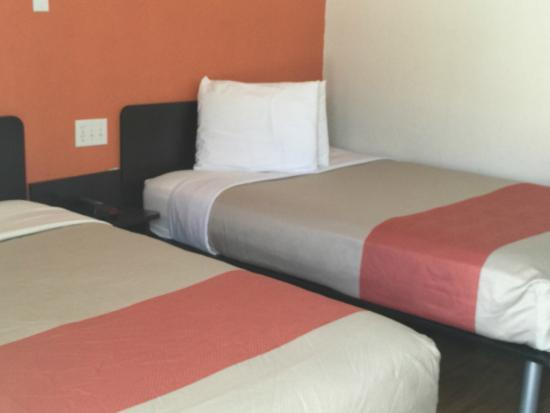Motel 6 Ardmore: Guest Room
