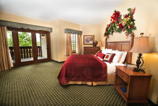 2 Room Themed Suite Bedroom Picture Of The Inn At Christmas Place Pigeon Forge Tripadvisor