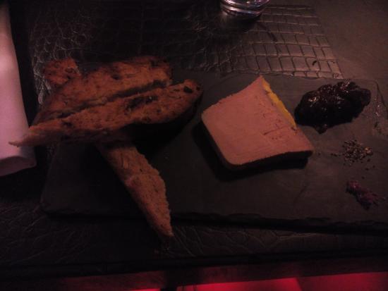 La Chimère Café : foie gras et différents pains