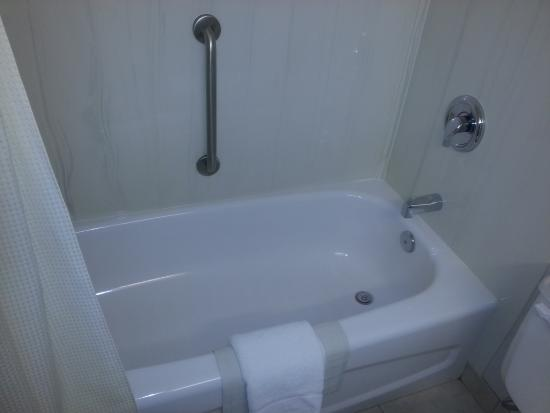 Victoria Inn: Shower