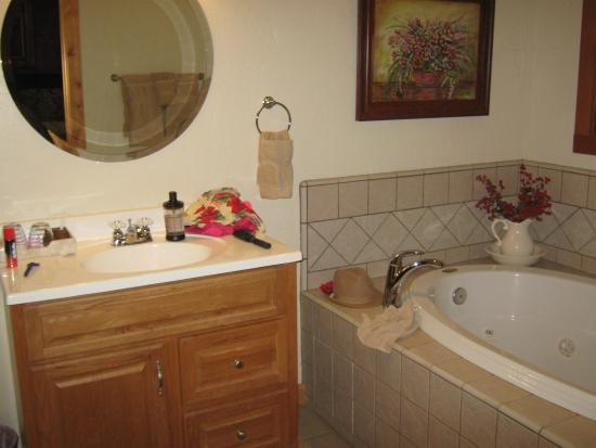 Arnold Black Bear Inn: If you're going to bathe with another, it's cozy. No diving, or laps. ;)
