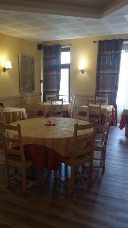 Saint-Just-en-Chevalet, ฝรั่งเศส: Salle à manger