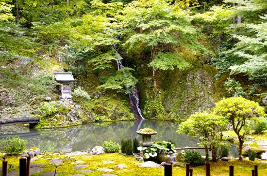 Jion Gokokuzenji Temple