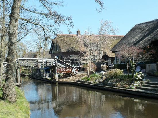 De Rietstulp: Giethoorn