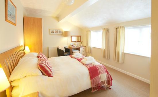Lower Meadows House : Double En-suite