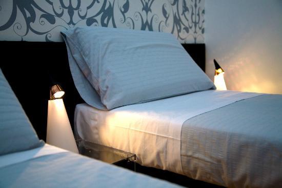 Viasparano: Vista camera da letto
