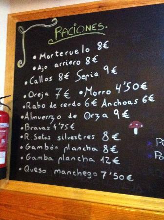 Salvacanete, Spain: Picoteo