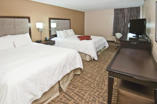 Hampton Inn Jackson/Pearl-International Airport: 2 Queen Guest Room
