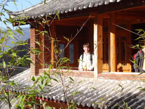 Naxi Family Guesthouse : Just outside our rooms