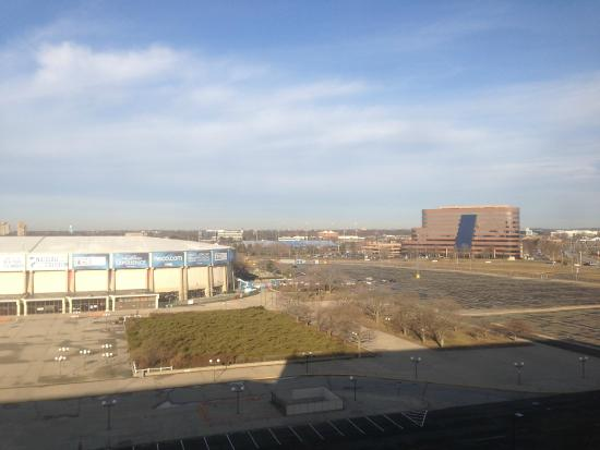 Long Island Marriott : coliseum view from room