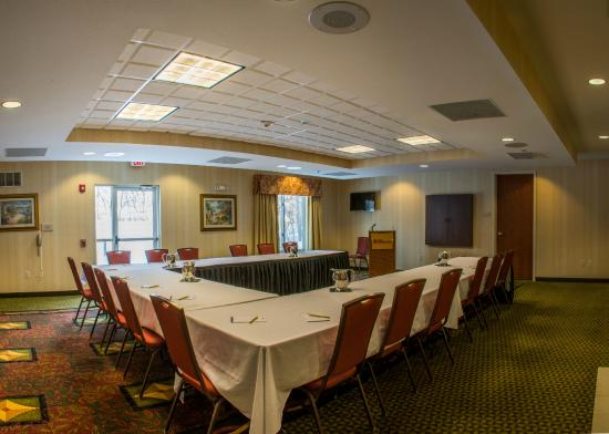 Meeting Room Picture of Hilton Garden Inn Elkhart Elkhart