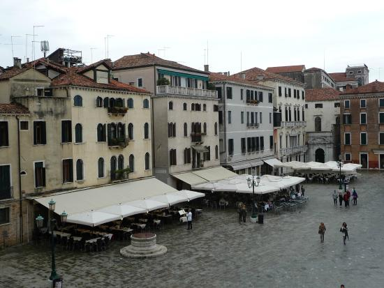 Ca' Morosini: the view from second floor