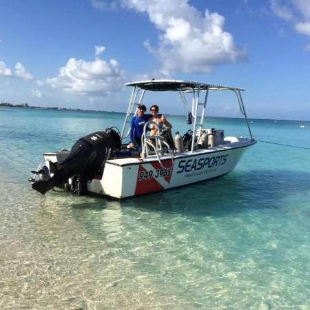Seasports Diving: Tony and Carina