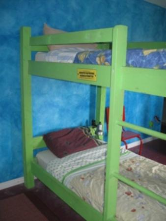 Kip & Kaboodle Backpacker Hostel: Dorm bed