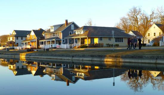 Winona Lake, IN: The Village at Winona. My Happy Place!