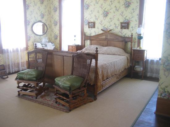 bedroom 1890 s victorian site house picture of george ranch rh tripadvisor com sg 1890s bedroom 1990s bedroom