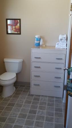 Siesta Motel Colfax: Bathroom