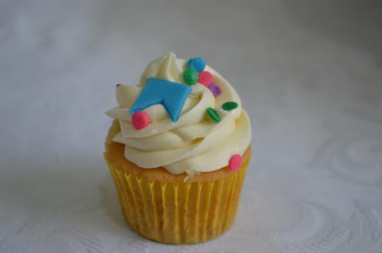 La Dolce Vita Confeitaria E Arte: Mini cupcake festa junina