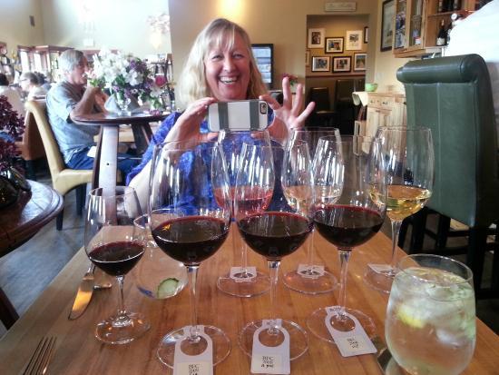 Wine o'Clock : Double flight of wine
