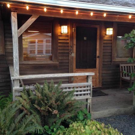 Hearthstone Inn: Cabin/room 25
