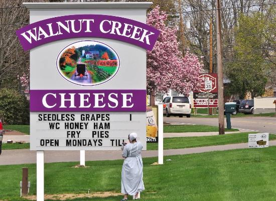 Walnut Creek Cheese: New location in Berlin