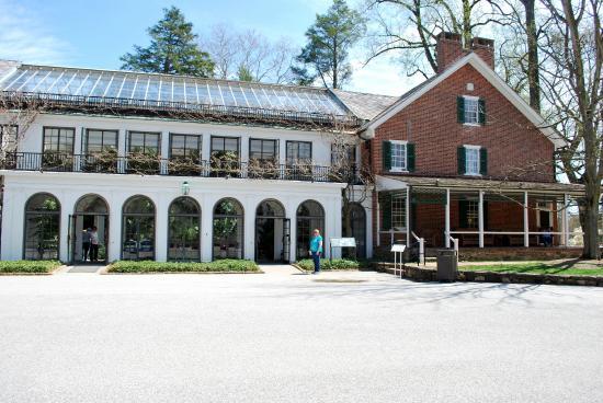 Pierce dupont house foto di longwood gardens kennett for Dupont house