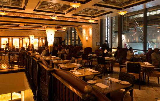 Grand Lux Cafe Chicago Il United States