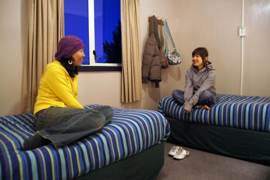 YHA Lake Tekapo twin room