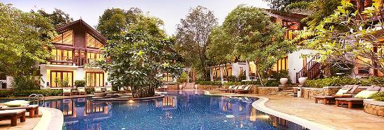 The Tubkaak Krabi Boutique Resort: Superior Rooms and Deluxe Rooms by the pool