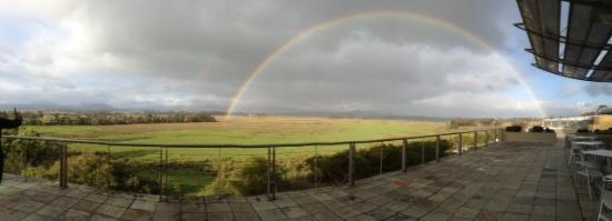 Vinetrekker Wine and Food Tours: Yarra Valley Rainbow