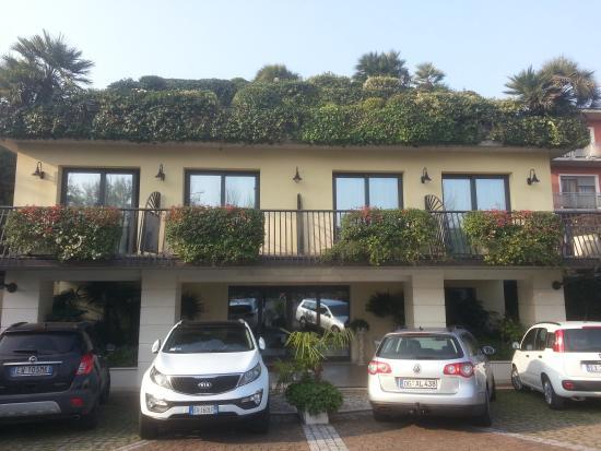 Admiral Hotel Villa Erme: חזית המלון