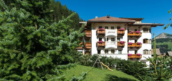 Photo of Hotel Savoy Selva Di Val Gardena