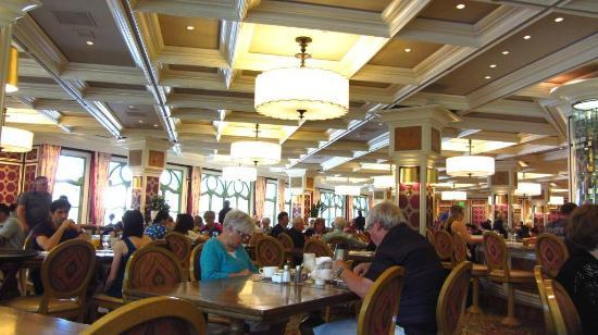 Cafe Bellagio Reviews