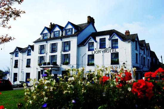 Photo of The Lion Hotel Criccieth