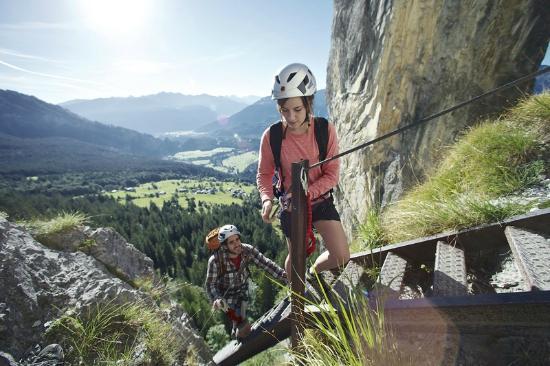 Klettersteig Pinut : Klettersteig pinut bild von hotel laaxerhof laax tripadvisor