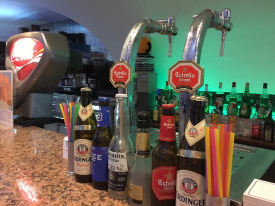 Hotel Palma Playa Los Cactus: Bierzapfanlage in der Bar