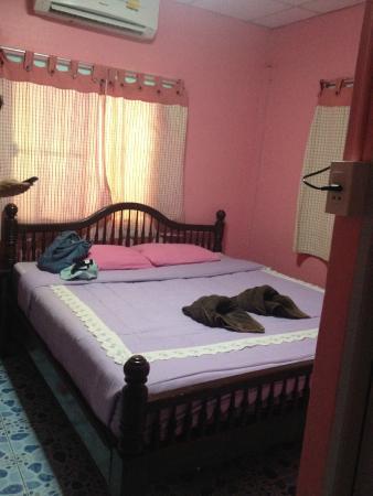 Pikun Resort : ห้องนอนของสองเราค่ะ