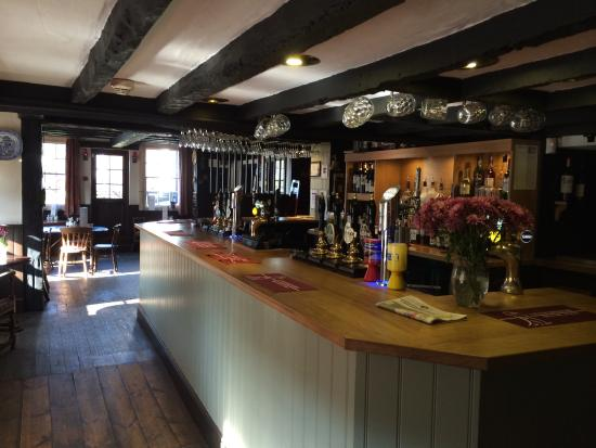 Blue Ball Inn: Interior - the nice bar area