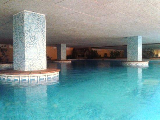 Piscina climatizada fotograf a de almu ecar playa spa - Hoteles con piscina climatizada en madrid ...