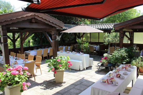 Hotel Restaurant Hallnberg: Terrasse Landhotel Hallnberg
