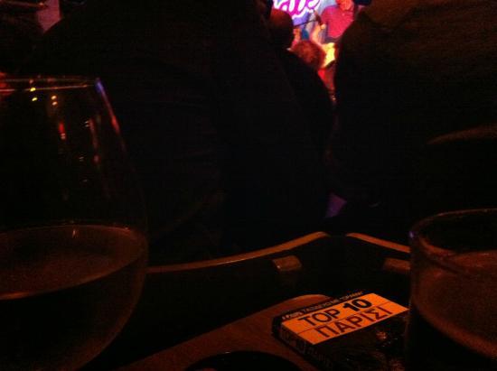 Le Baiser Sale: λίγο κρασί λίγο οδηγός και η τζαζ μου