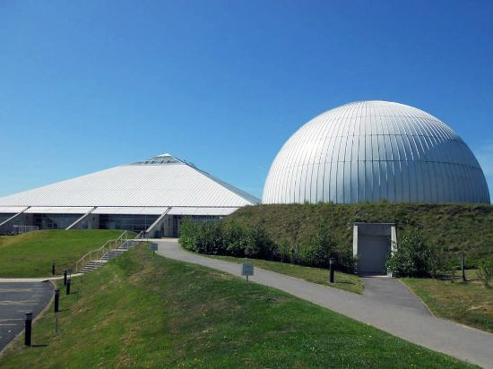 ‪Winchester Science Centre & Planetarium‬