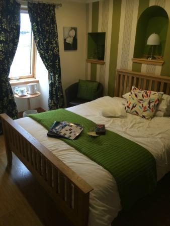 Oakvilla Bed & Breakfast
