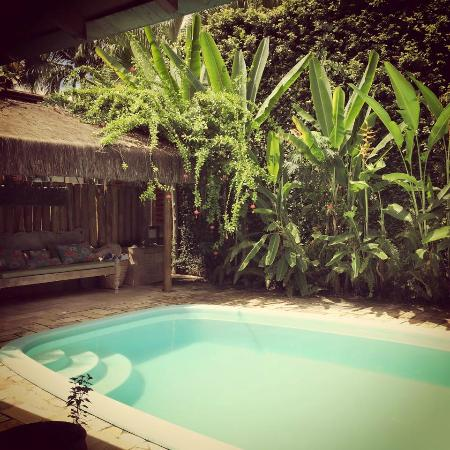 Hotel Pousada Guarana: Beautiful little outside area with pool